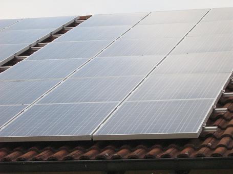 Panele słoneczne w systemie fotowoltaicznym